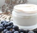 Крем для молодой кожи век с экстрактом черники