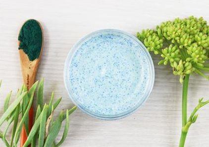 Bio-Viktorika Кремовый скраб для лица с водорослями и гранулами жожоба